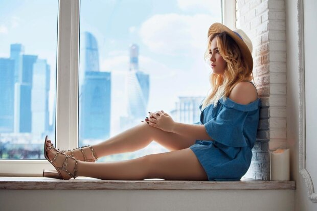 Співачка Karina