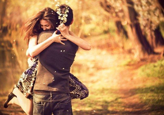 Давай обнімемося: експерти розкрили несподівані наслідки відмови від тактильної близькості