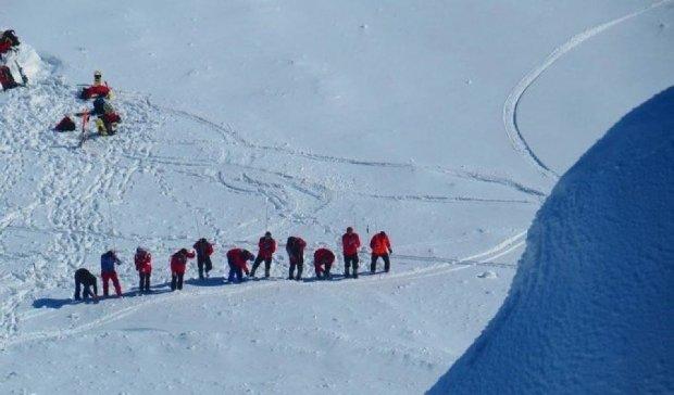 На Закарпатті знайшли зниклого в горах лижника