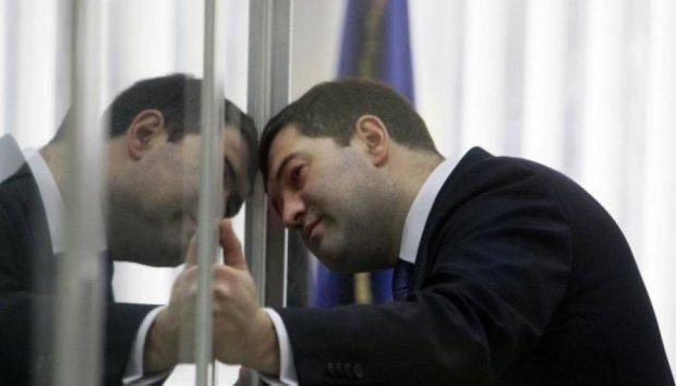 Прокурори поскаржилися, що Насіров зажав британський паспорт