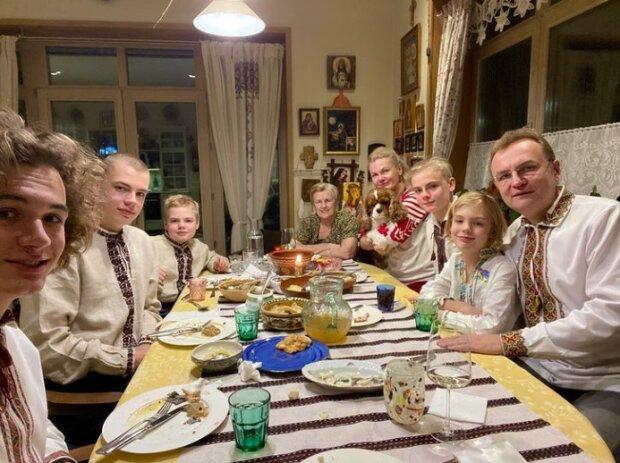 Андрей Садовый с семьей, instagram andriysadovyi