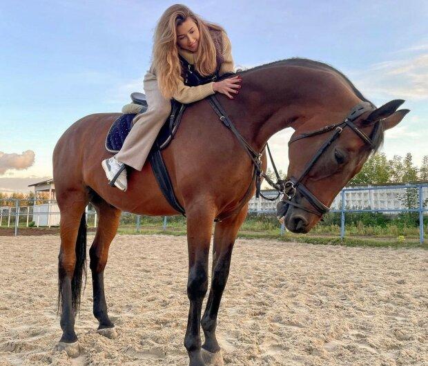 Анна Заворотнюк, фото Instagram anna_zavorotnyuk