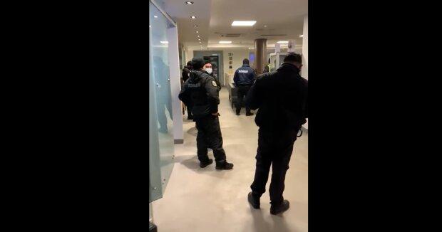 В Киеве оштрафовали спортклуб Порошенко, фото: скриншот Facebook.