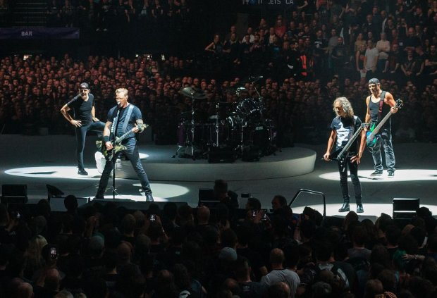 Легендарная Metallica воскресила культовый хит Виктора Цоя: зрители онемели от восхищения