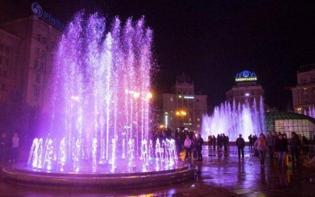 Сезон фонтанів: коли киян та гостей міста потішать яскравим шоу