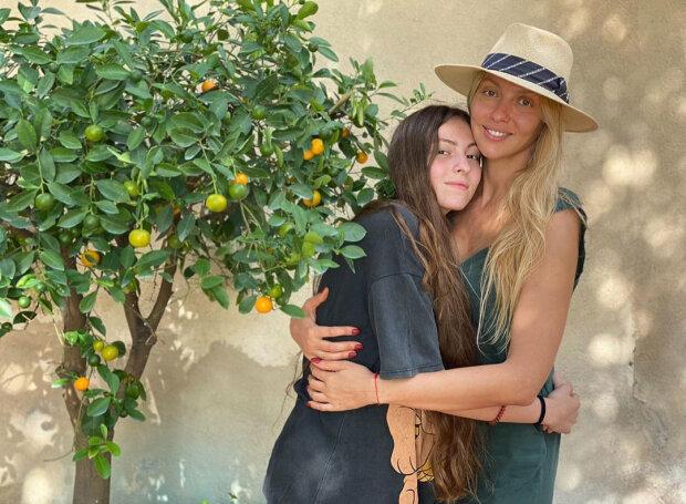 Оля Полякова з донькою Машею, фото Instagram