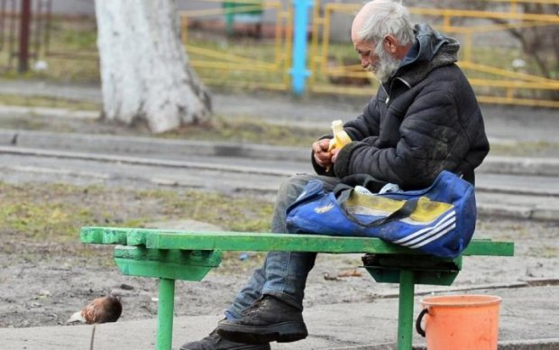 Пенсионерам не позавидуешь: власть дореформировалась до самого дна и даже глубже