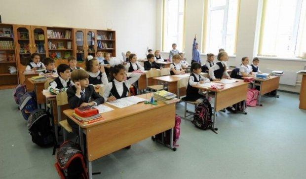 Минобразования запретило учиться по субботам и увеличивать количество уроков