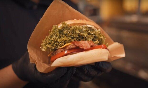 бургер, скріншот з відео