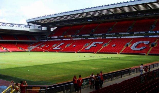 """На стадионе """"Ливерпуля"""" мистически исчез человек"""