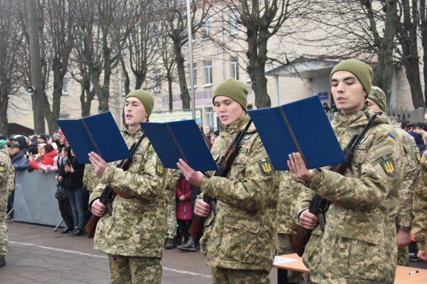 Стандарти НАТО у ЗСУ: чим годуватимуть українських військових з 2020 року