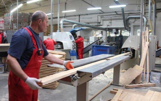 Українці зізналися, як реальна зарплата відрізняється від мінімальної