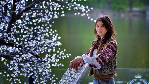 що означають кольори та візерунки на українській вишиванці