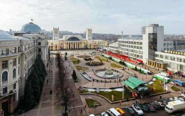 Харків перекриють на День Незалежності: куди не варто потикатися на колесах