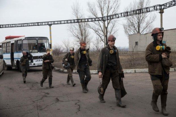Кількість загиблих на шахті Засядька зросла до 10 осіб