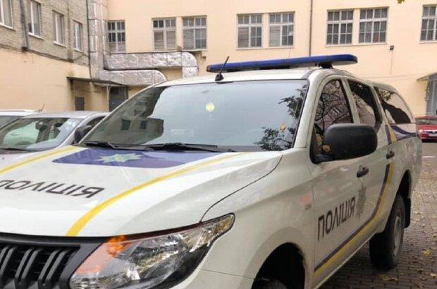 Автомобиль полиции, фото иллюстративное: Facebook полиция Ивано-Франковской области