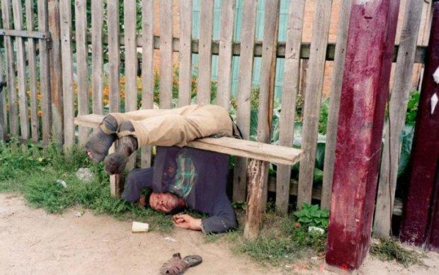 Горілка затьмарила розум: алкоголік залишив прихожан без молитви