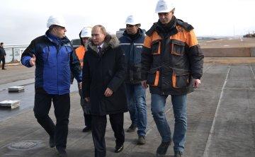 Путін тільки прикидався дурником: американці викрили його цілі з Кримським мостом