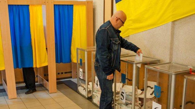 На Чернігівщині п'яний неадекват підпалив виборчу дільницю
