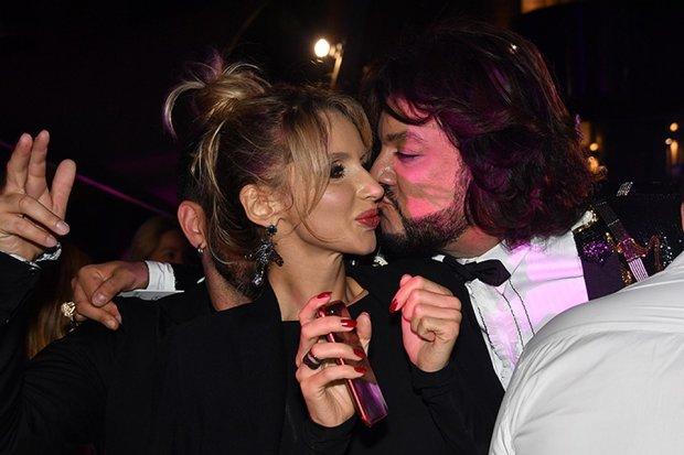 Лобода поздравила Киркорова нежным поцелуем: Лорак будет ревновать