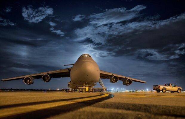 Літак, фото: Pixabay
