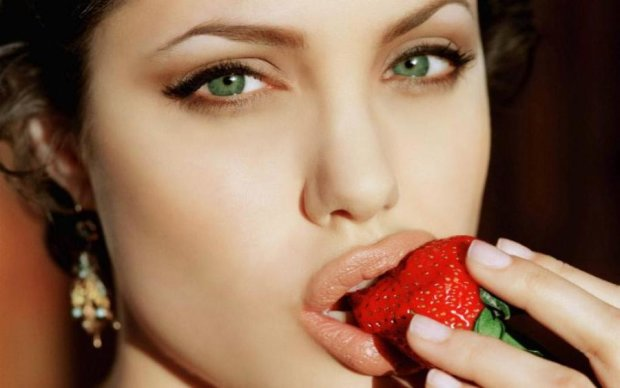 Будь, як Джолі: худнемо за кольоровою дієтою