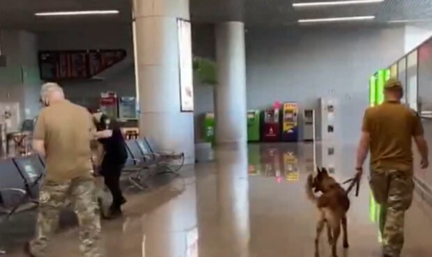 Одесский аэропорт, скриншот из видео