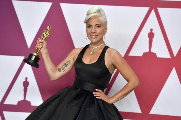 Леди Гага с Оскаром