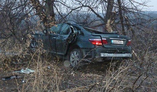 Трагічне ДТП на Кіровоградщині: дівчина-пасажир Lexus загинула (фото)