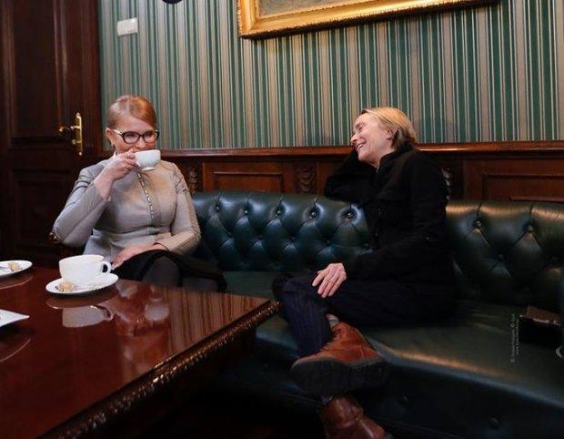 Кортеж Коломойського тричі за ніч приїздив до будинку Тимошенко: Юля все пояснила