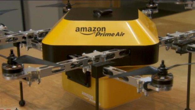 """Amazon """"забросает"""" клиентов посылками"""