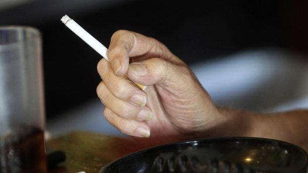 Кидай палити: медики пояснили, чим небезпечні сигарети