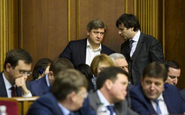 Кабмин продолжит урезать субсидии украинцам