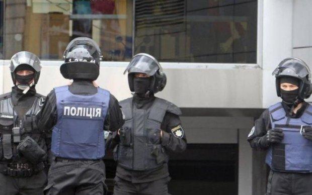 """Відкрили кримінальну справу: до керівника Укрзалізниці прийшли з """"вітанням"""""""