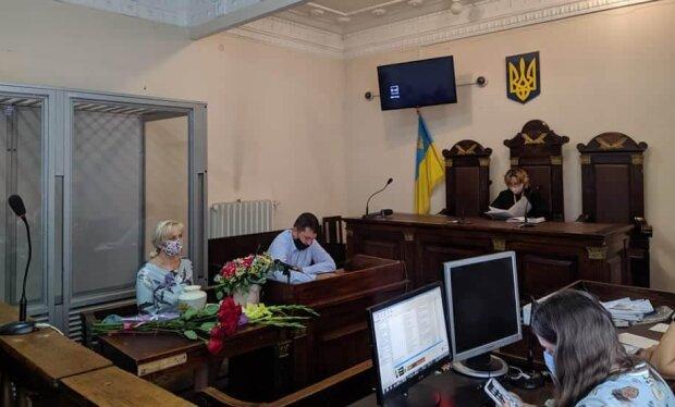 """У Львові на суд над Фаріон не прийшов адвокат: """"Вимагає 50 тисяч"""""""