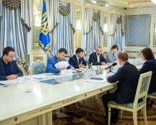 Президент обговорив запуск роботи Вищого антикорупційного суду