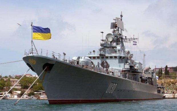 Українські прикордонники влаштували в Азовському морі справжній екшн: фото та відео