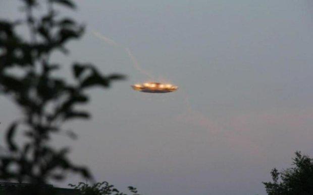 Камера МКС засекла флот НЛО: видео