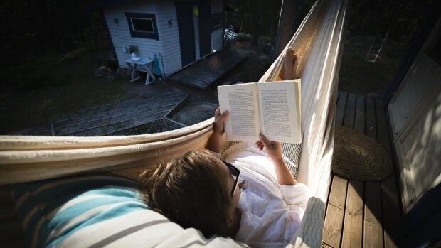 Читання, фото з вільних джерел