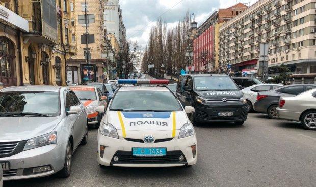 У Києві знахабнілий таксист викрав авто клієнта, епічність зашкалює: подробиці пограбування століття