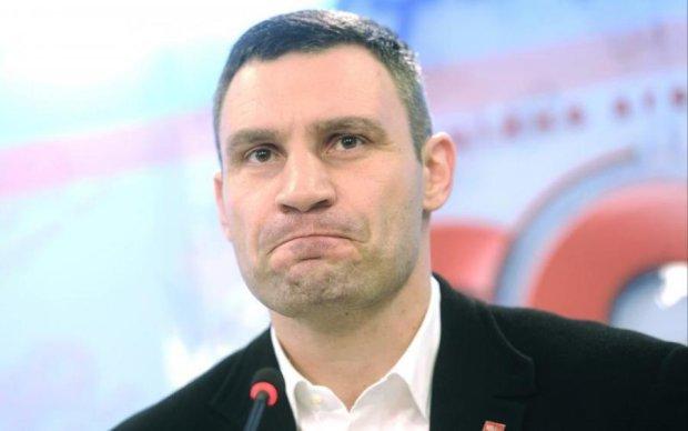 Генератор случайных слов Кличко посоветовал Порошенко не нарываться