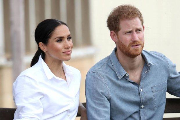 З животом і пожитками: принц Гаррі з вагітною Меган Маркл з'їжджають через скандал