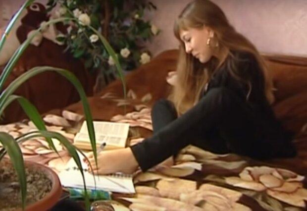 """Народжена без рук тернополянка не здалася і показала приклад українцям, - """"Вишиває, обіймає дітей і веде господарство"""""""