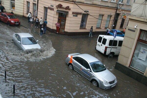 """""""Мы обречены"""": у Садового объяснили, почему Львов рискует превратиться в Венецию"""