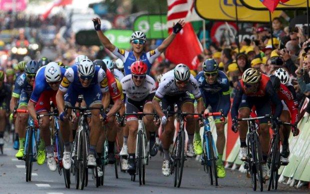 Тур де Франс: Томас лідирує в загальному заліку після двох етапів
