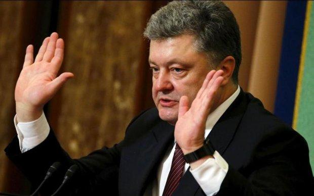 НАПК проверило декларации Порошенко. Результат поражает