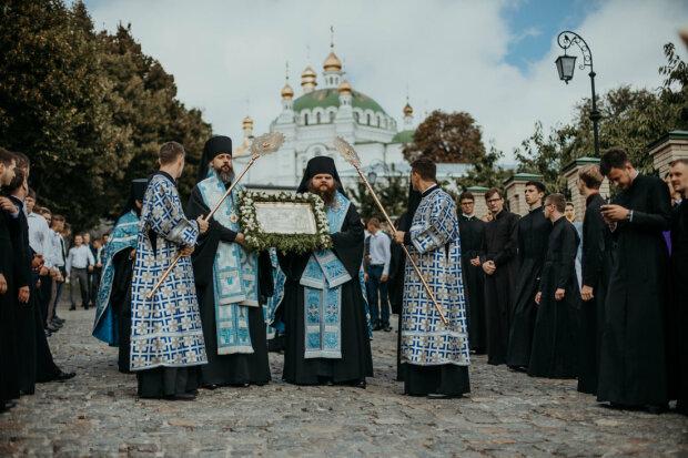престольный праздник монастыря - Успения Пресвятой Богородицы