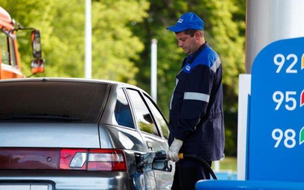 Ціни на пальне шокують навіть бувалих водіїв