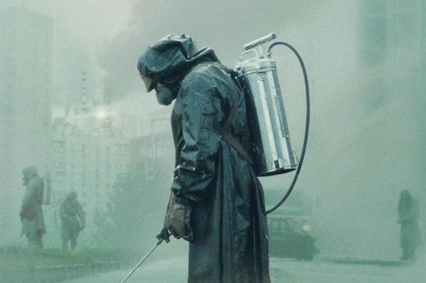"""Творця серіалу """"Чорнобиль"""" звинуватили у плагіаті: її мова — виключно моя"""