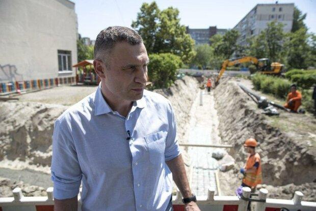 """Кличко разрешил Тищенко с Комарницким накопать миллионы в """"песочнице"""", журналисты раскрыли схему"""